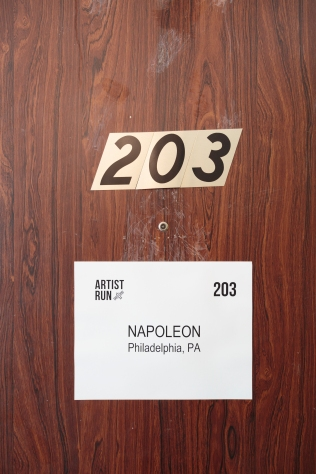 napoleon_temporary_shelter_13