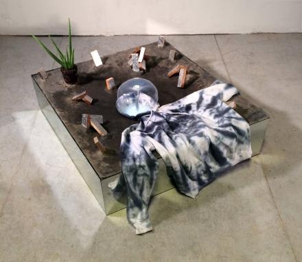 impetus-concrete-wood-mirror-plant-hoodie-water-paint-aluminum-led-lights-38gc%c2%a5-x-34gc%c2%a5-x-24gc%c2%a5-2016